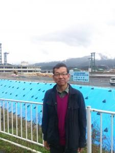 写真 伊藤(写真下部に「陸前高田市にて」と入れる)